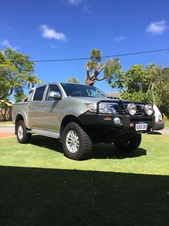Wanted: Immaculate 2012 SR5 Toyota Hilux