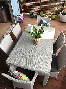 Outdoor dining 6 seat set Sunshine Beach Noosa Area Preview