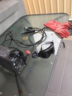 Arc welder and accessories
