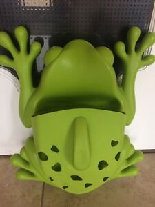 Frog Bath Toy Scoop & Storage