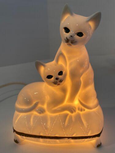Vintage Porcelain White Cats Nightlight