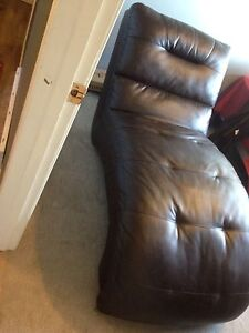 leather brown chaise