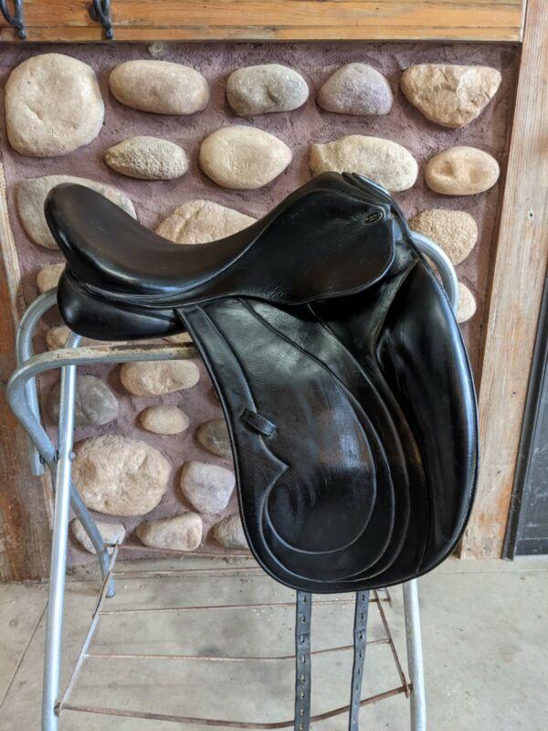 "17"" Marcel Toulouse Alyssa Dressage Saddle"