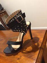 Woman's Shoes size 8 Junction Village Casey Area Preview
