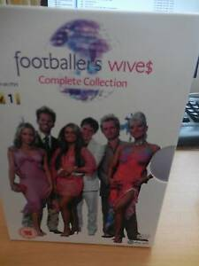 BOX SET OF FOOTBALLERS WIVES COMPLETE COLLECTION Valentine Lake Macquarie Area Preview