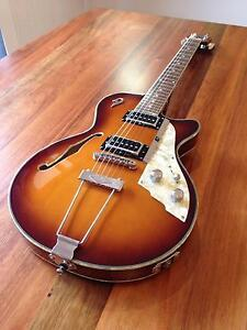 Duesenberg STARPLAYER TV VINTAGE HOLLOW Mint/New condition Newcastle Newcastle Area Preview