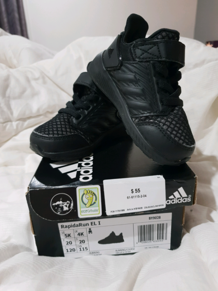 toddler Adidas shoes size 5