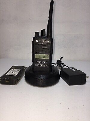 438-470 mhz R-split 4 channels Motorola CP200 uhf Two Way Radio