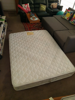 Free queen size mattress - Pick up on 23 Sep