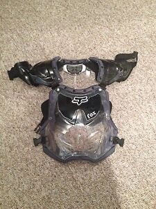 Fox Women's roost chest protector