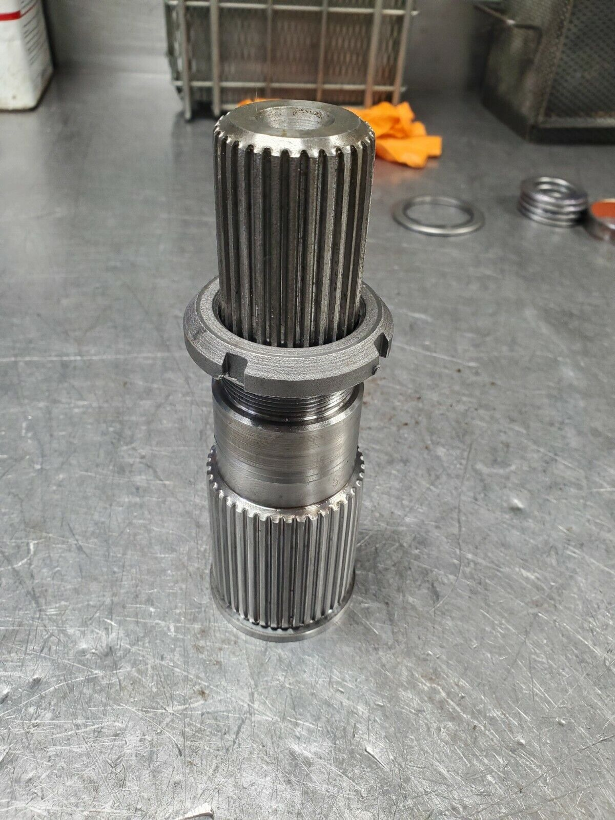 Allison 1000 2000 4x4 output shaft with torrington and retainer nut