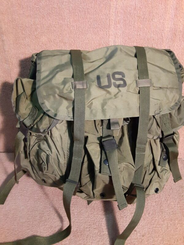 USGI LC1 Field Pack Medium ALICE Emergency Backpack NO SHOULDER STRAPS