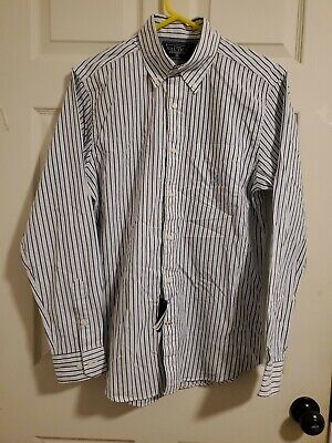 Nautica Men's Button Up Shirt, Long Sleeved, Traditional Fit, Size M