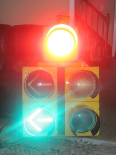 "Econolite-Traffic Signal-Red Yellow Green Stop Light ARROWS 5 LED 12"" 37138 TENN"