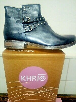 NEW Black/ Silver Distressed leather ankle boots  size 37 Made in Italy by KHRIO