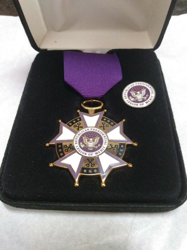 Republican Presidential Legion of Merit Ribbon Medal and Lapel Pin in Box MINT