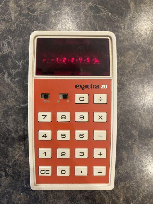 Vintage Texas Instruments Exactra 20 Calculator EX-20 TI Star Wars Bubble Strip