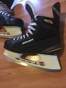 Bauer 140 Skates mint condition