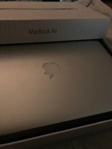 macbook air late 2013 128gb brand new condition with box