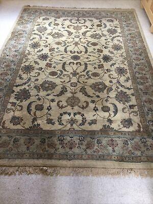 Large Beige Traditional Pattern Wool LOOK Rug 285cm X 200cm