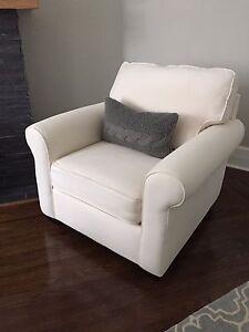 Pottery barn armchair - 600 - lower price!