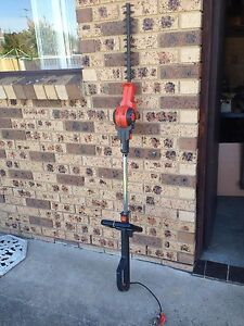 Electric hedge  trimmer St Clair Penrith Area Preview