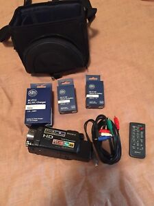 Sony HDR-CX550 64GB Camcorder