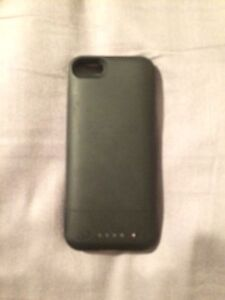 Mophie charging case - iPhone 5S
