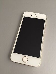 iPhone 5s 32 gb Gold Mount Lawley Stirling Area Preview