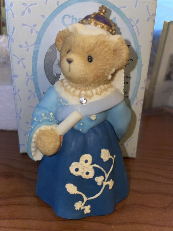 "Cherished Teddies Victoria ""A Royal Friendship Makes A Loyal Heart"" #116997 NIB"