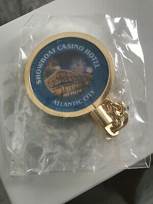 Showboat Atlantic City 15th Anniversary Keychain (New In Package)
