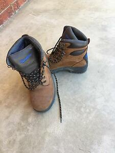 Size 5 Blundstone steel cap boots, near new Kambah Tuggeranong Preview