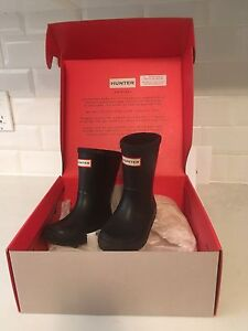 Toddler Hunter boots. US size 7.