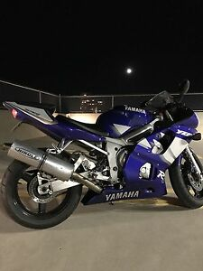 Yamaha R6 - LOW KM