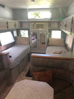 AVAN  17ft  Caravan Underwood Logan Area Preview
