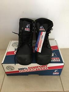 Steel Blue Men's Work Boots Size 43 Brand New In Box Madora Bay Mandurah Area Preview