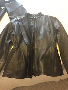 Women's medium motorcycle suit. Leather