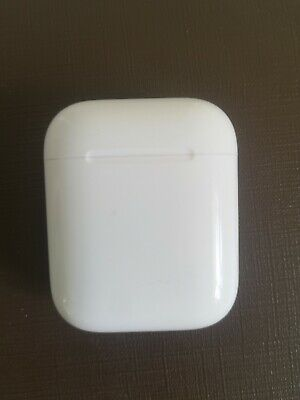 100% Genuine Apple Airpods Charging Case Only 1st Gen Used Perfectly working