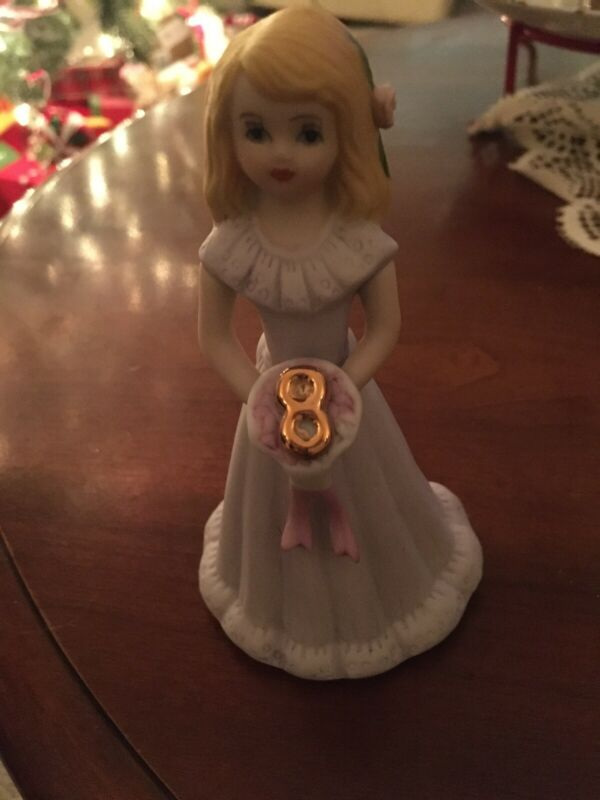 Girl's GROWING UP Birthdsy Girl Figurine Enesco Number 8 EUC