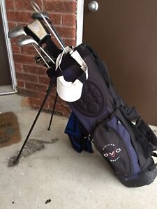 Cougar Womens Set of Golf Clubs with Bag