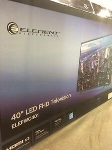 40' element LED TV