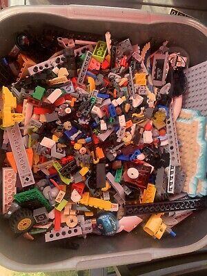 Approx 2.5kg Bundle Of LEGO