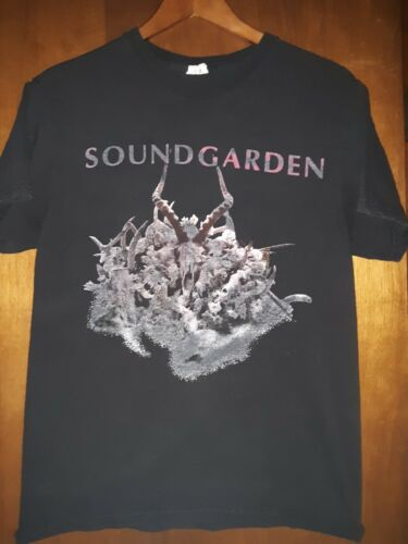 Soundgarden- King Animal 2013 Tour Distressed Lic OOP Black T-Shirt- Small