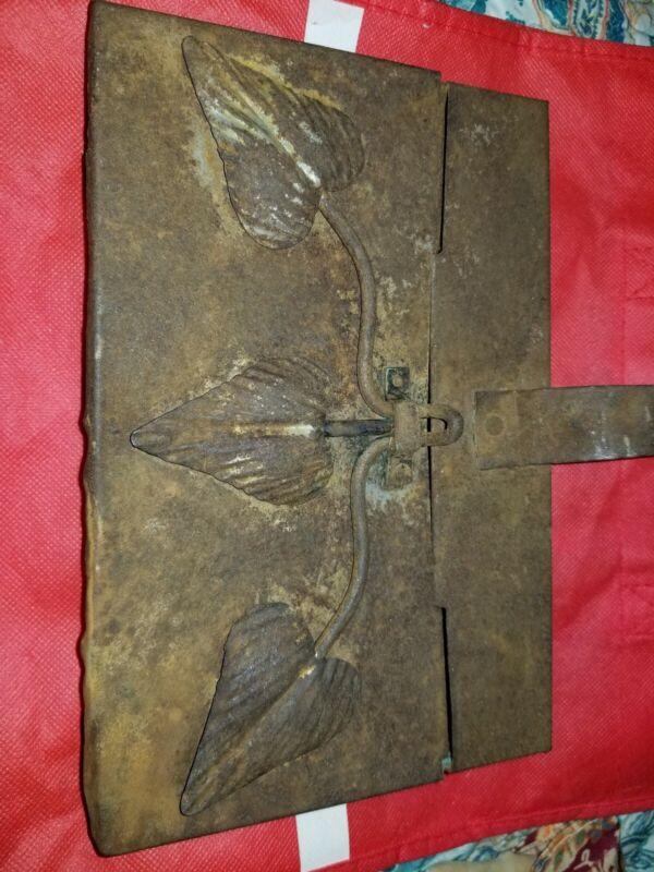 Antique Vintage Decorative Scuttle Box Ashbox