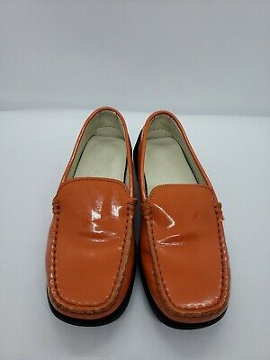 Tod's Juniors Driving Shoes Child Orange Patent Leather Size 10