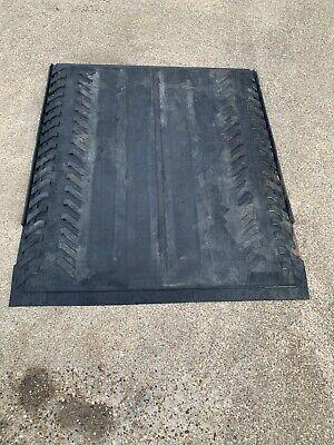 2002-2014 Chevrolet Avalanche, Cadillac Escalade EXT Cargo Bed Rubber Mat