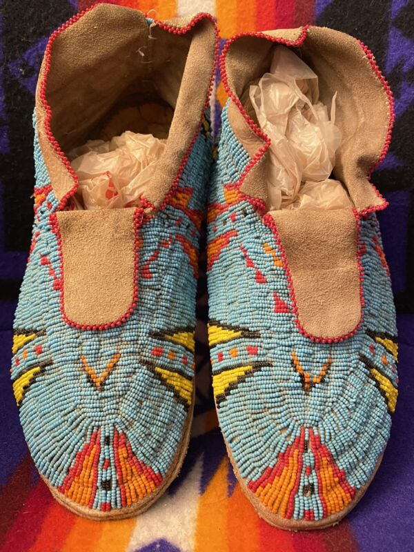 """Wow! ANTIQUE NATIVE AMERICAN INDIAN Beaded MOCCASINS PLAINs SIOUX 11"""" Ex Cond"""