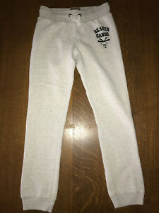 Very GUC youth size large beaver canoe track pants