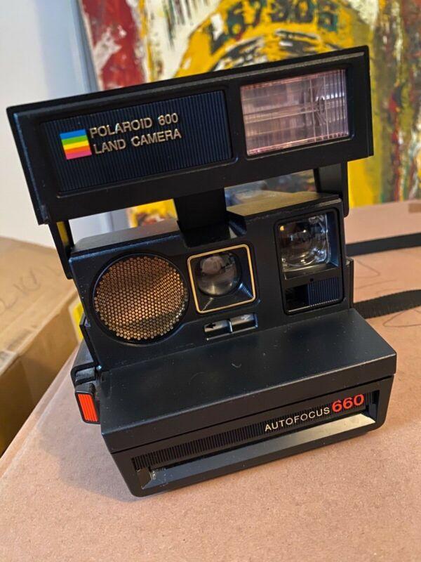 Polaroid Autofocus 660 InstantFilm LandCamera