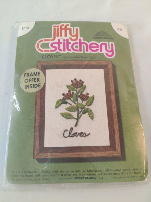"""VINTAGE Jiffy Stitchery Cross Stitch Kit #323 """"Cloves"""" Sunset Designs Sealed"""